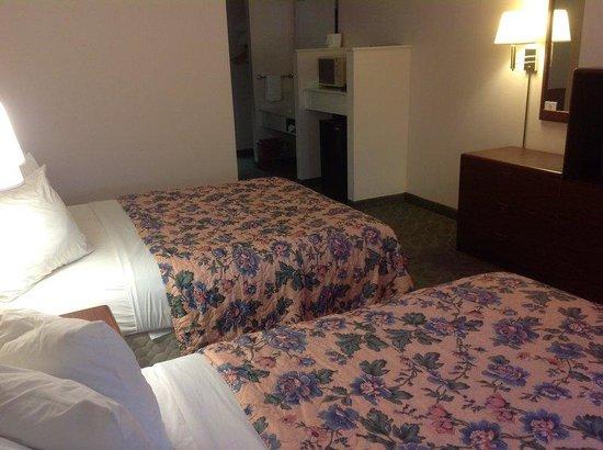 Mt. Olympus Villages: 2 Queen Bed Room