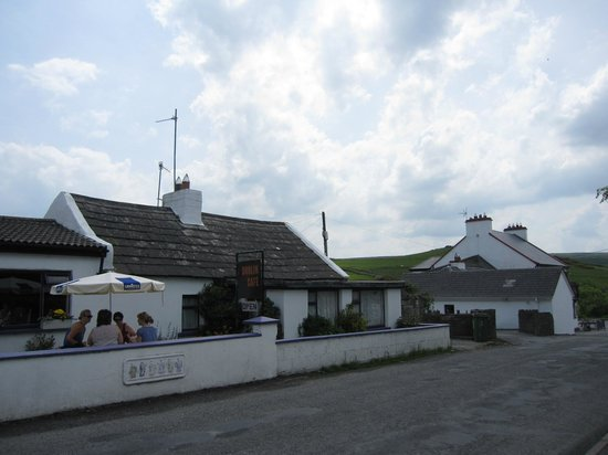 Right side of Doolin Cafe'