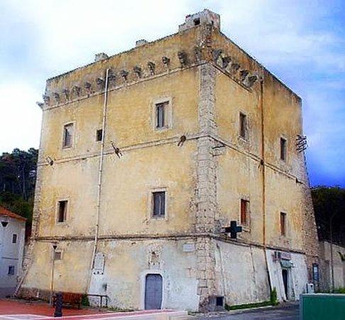 San Menaio, Italie : Torre dei Preposti