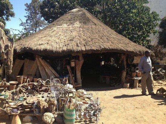 Kabwata Cultural Village: hut