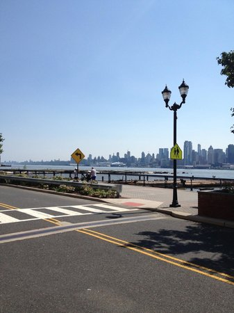 Turning Point: Beautiful views of the Hudson and Manhattan
