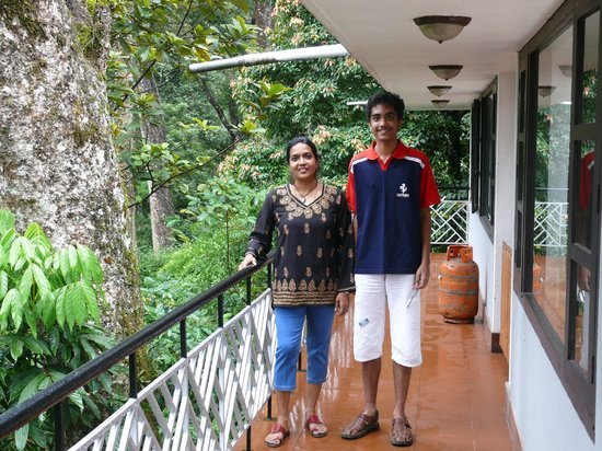 The Tall Trees Munnar: Balcony of restaurant