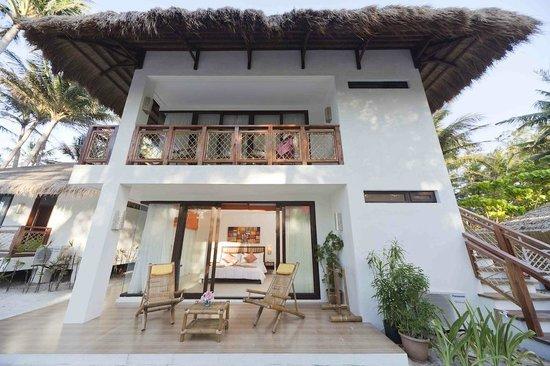 Rieseling Boracay Beach Resort: OCEANVIEW SUITES EXTERIOR