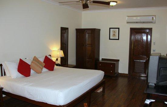 Vivanta by Taj - Sawai Madhopur Lodge: ROOM