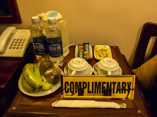 Holiday Diamond Hotel: Daily Complimentary Fruits Plate