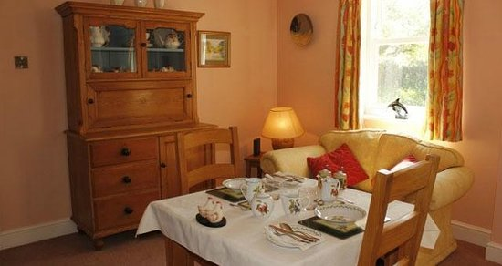 Vine House B&B and Self-Catering: Breakfast Room
