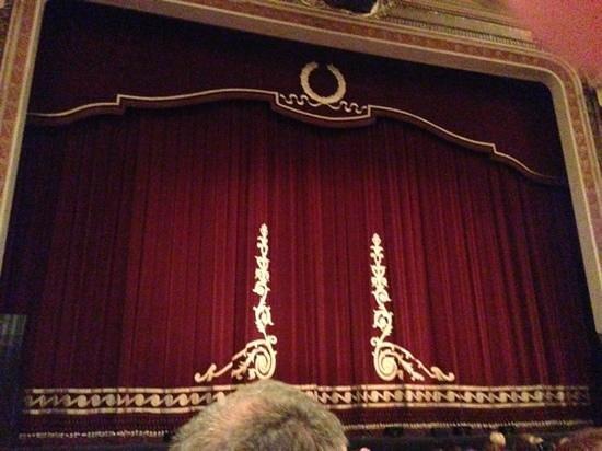 Festival Theatre: curtain