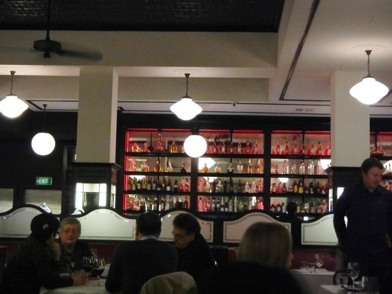 Tartufo: Bar