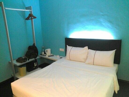 J Hotel : superior room