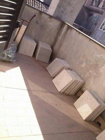 Ristorante Albergo Dante: il balcone e vista camera