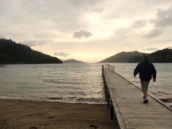 Maraetai Bay, New Zealand: Jetty at dusk