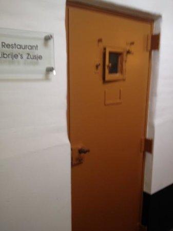 Librije's Hotel: an original cell door