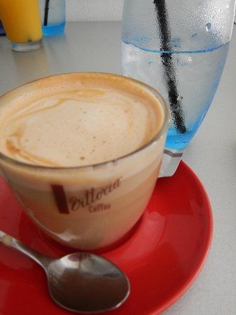 Sublime Restaurant: Caffe latte
