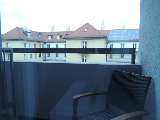 Hotel Wallis: ベランダ