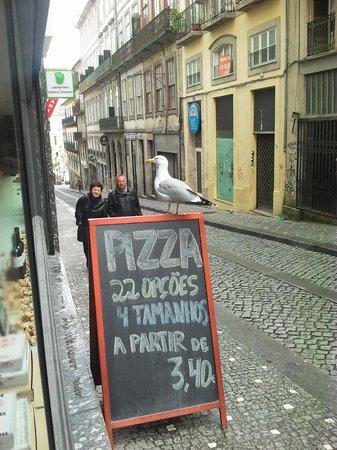 presto pizza porto – Shots & Bites