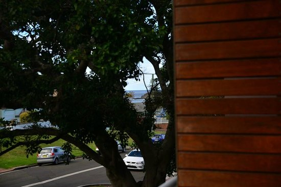 The Sebel Harbourside Kiama: Glimpses of the beach from the balcony