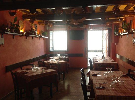 La Piazzetta: Sala interna