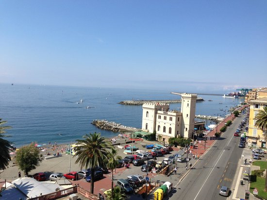 Grand Hotel Mediterranee: Vista dalla camera