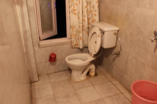 Hotel Hema Holiday Home : bathroom