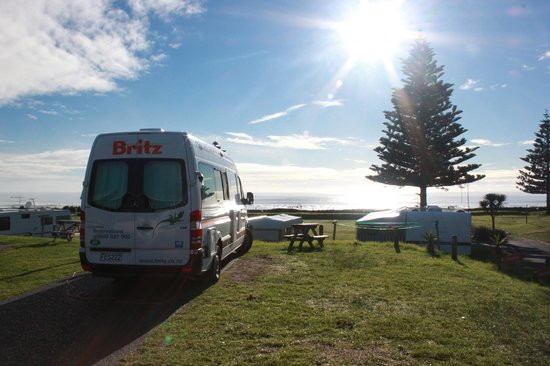 Papamoa Beach Resort: Morning view from our powered site