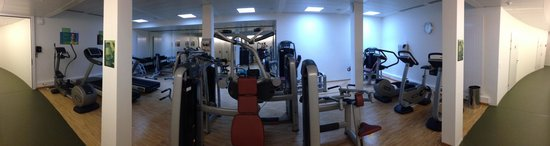 HSG Alumni Haus: panorama view of the gym