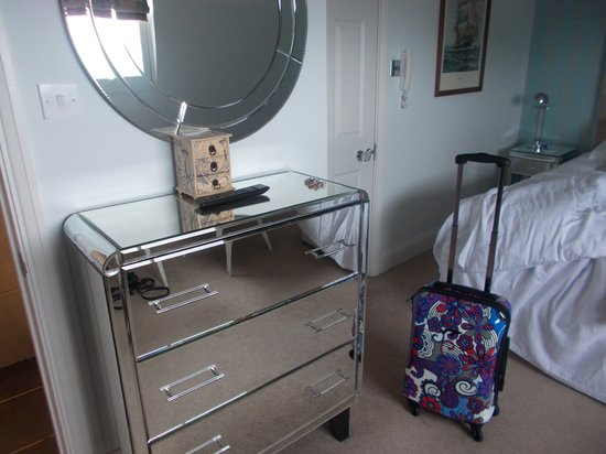 Hamiltons Boutique Hotel : Our room