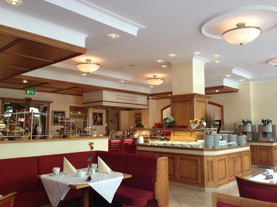 Dehner Blumen Hotel: Brunch