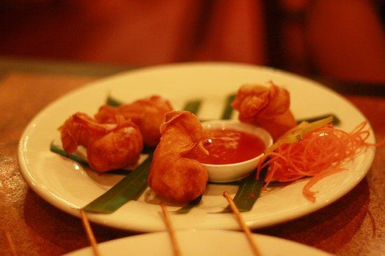 Tahruah Thai & Vietnamese Restaurant