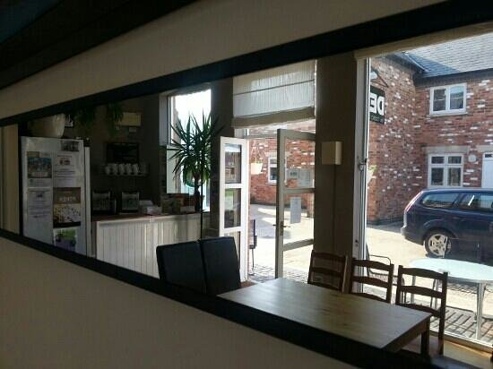 Claysons Cafe, Wine Bar and Bistro : inside the wine bar
