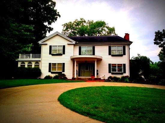 The Burr House Photo