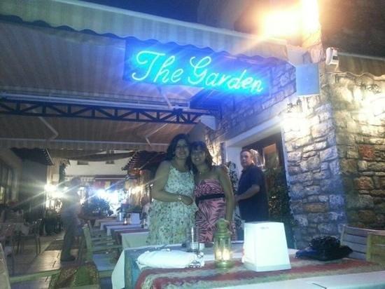 The Garden Cafe Restaurant & Bar: Add a caption