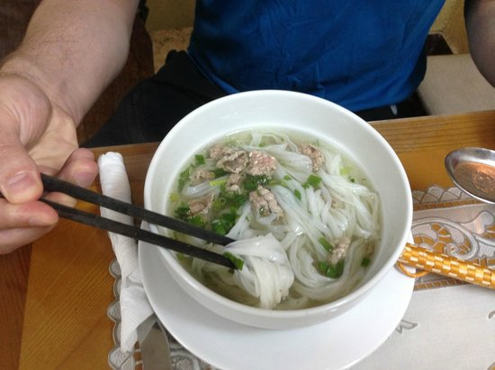 B&B Hanoi Hotel: Breakfast: Beef Pho