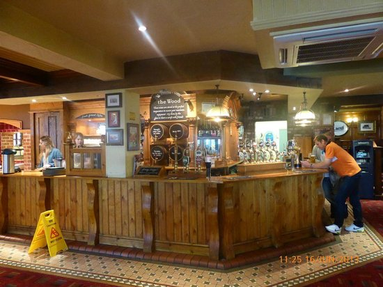 Old Forge Toby Carvery: The Bar area