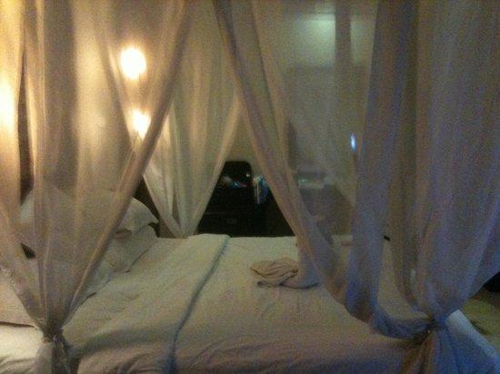 Annora Villas Seminyak : bed