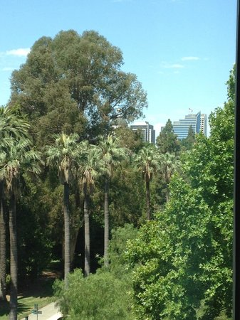 Residence Inn Sacramento Downtown at Capitol Park: View from sixth floor suite (see the Capitol through the trees)