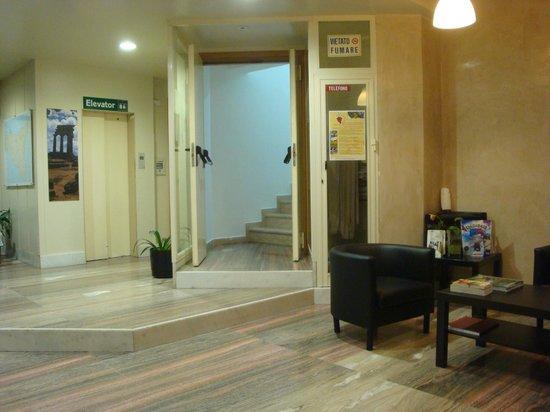 Hotel del Viale: hall