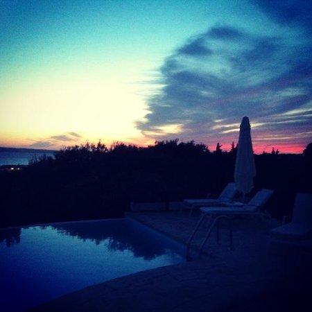 Las Dunas Playa: Sunset by the pool