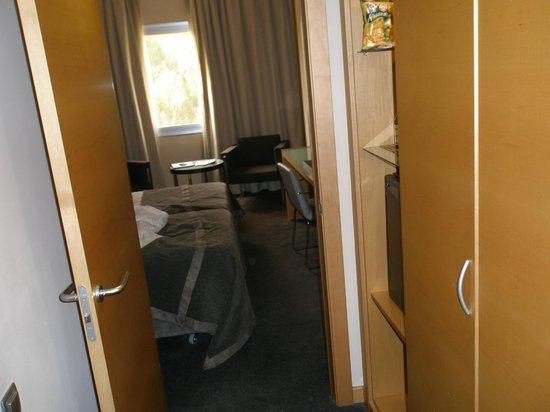 Occidental Murcia Siete Coronas: habitacion, vestibulo