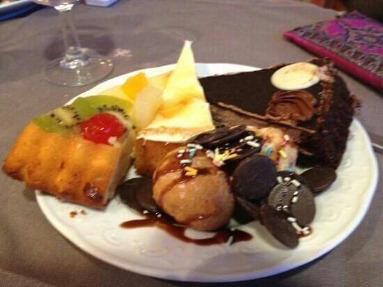 H10 Delfin: more desserts!