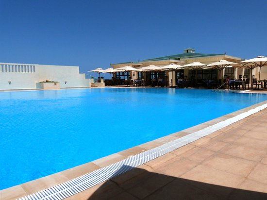 Radisson Blu Ulysse Resort & Thalasso Djerba: Piscine extérieure