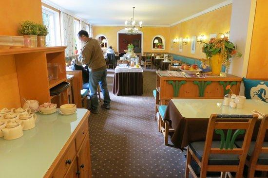 Hotel Markus Sittikus: Breakfast Room