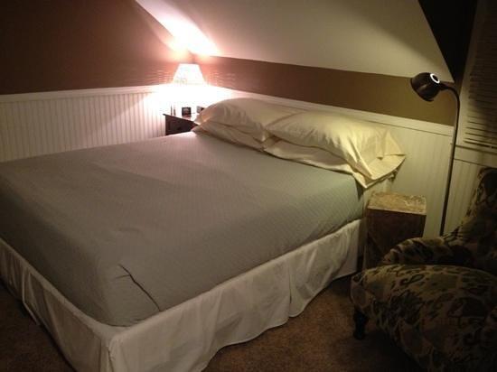 Millbrook Village Inn: Room 3