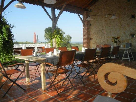 La Ferme de Maurel: eten met leuk gezelschap en een prachtig uitzicht!