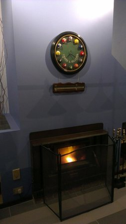 Hope Gardens House: fire burning...keep us warm.