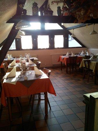 Restaurant S'Kastele : salle du haut