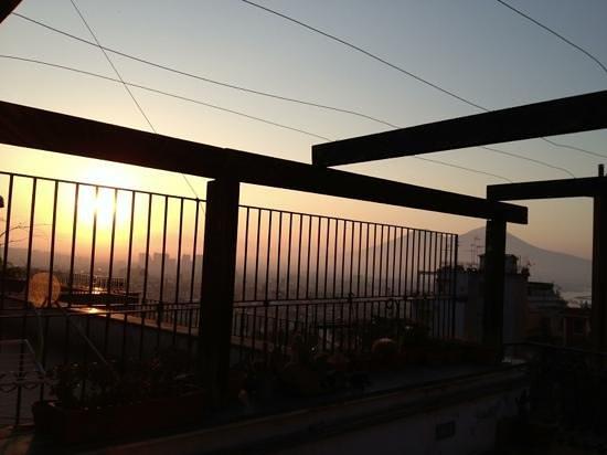 Corso 377 Bed & Breakfast : l'alba dalla mia camera