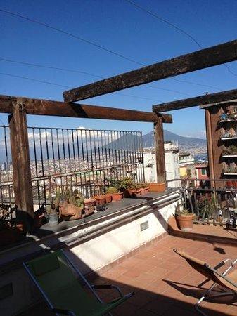 Corso 377 Bed & Breakfast : dalla terrazza una vista mozzafiato