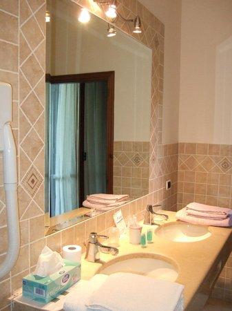 Casale Del Fattore : un particolare del bagno