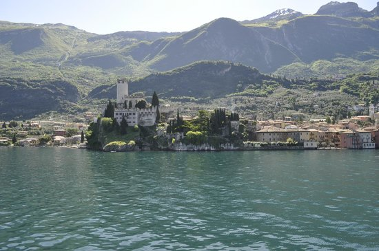 Ferry from Malcesine to Limone and Riva: Lake views