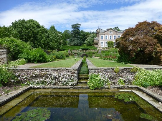 Hestercombe Gardens: looking back up to the house
